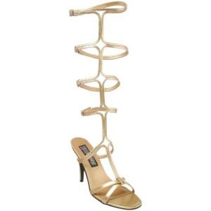 Sandales or à brides hautes.